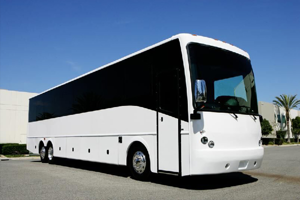 50 Person Charter Bus Service Minneapolis